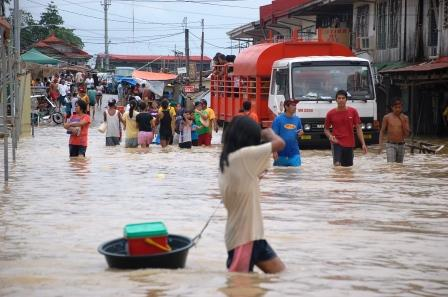 Philippines, diocese of Malolos October 2011 During the hight of typhoon Nesat which hit the province of Bulacan.